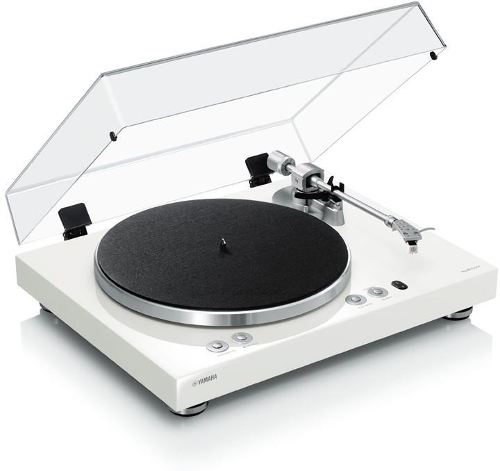 Yamaha Plattenspieler mit Phono Entzerrer und MusicCast Kabelloser Anbindung.