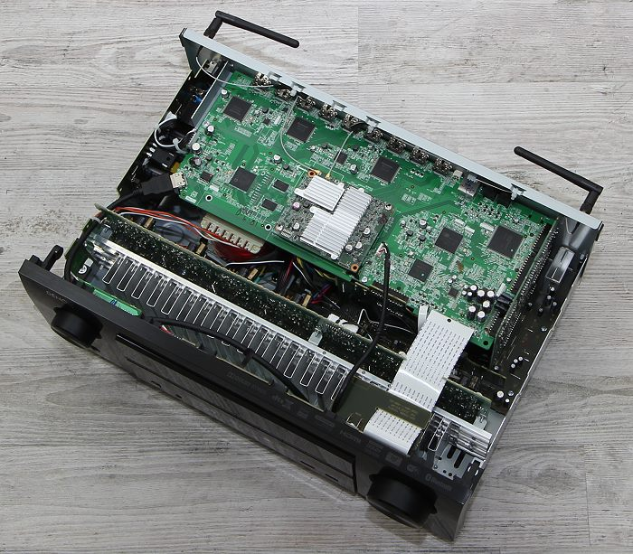Denon-AVR-X2600H-In
