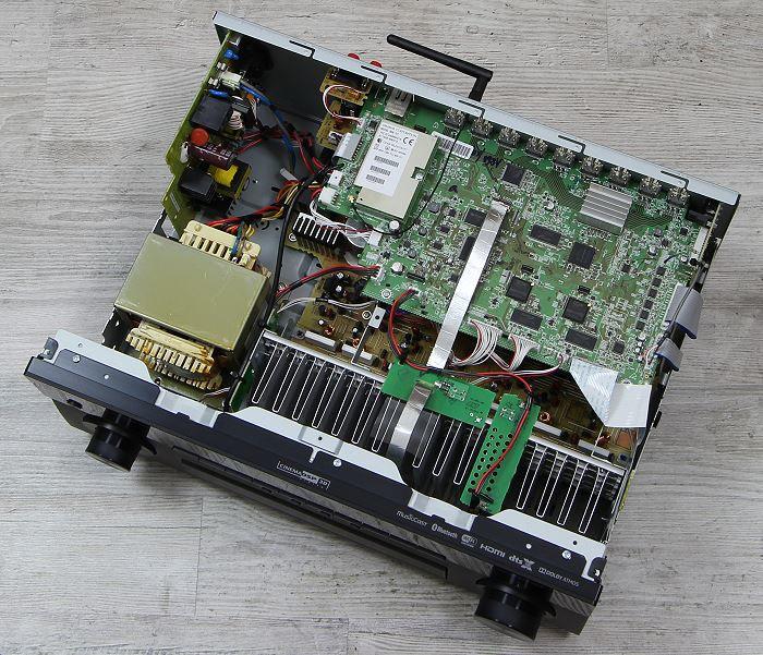 Yamaha RX-A860 Innenansicht